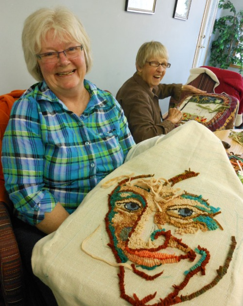 Cheryl Bridger with her 'Portrait Sketch' and Barb Kennedy