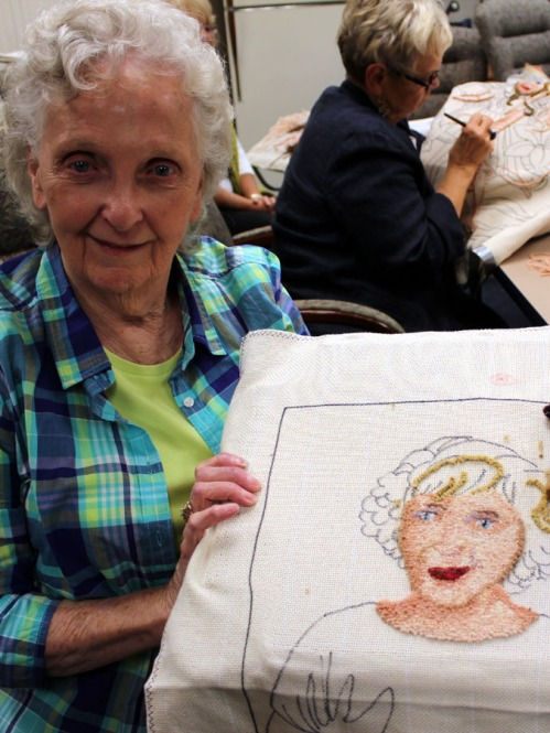 Marion Sachs is hooking a self-portrait... can't you tell!?